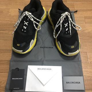 バレンシアガ(Balenciaga)のBALENCIAGA triple S ブラック×イエロー 43(スニーカー)