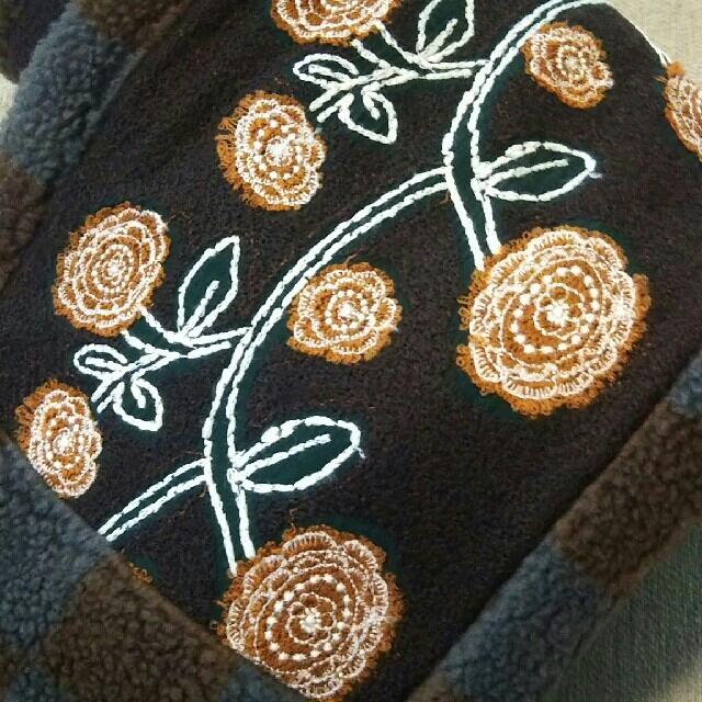 mina perhonen(ミナペルホネン)のミナペルホネンjardin マフラー レディースのファッション小物(マフラー/ショール)の商品写真