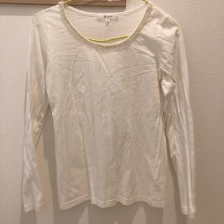 グローブ(grove)のトップス白(Tシャツ(長袖/七分))