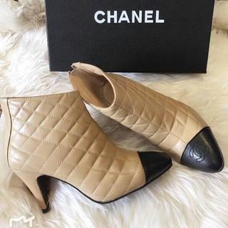 CHANEL - CHANEL ブーツ