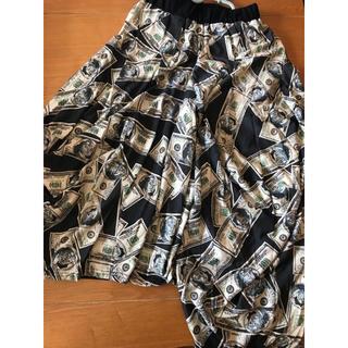 ファンキーフルーツ(FUNKY FRUIT)のお札柄 スカート(ロングスカート)
