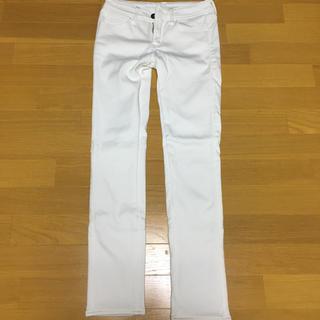 シマムラ(しまむら)の裏地あったかパンツ ホワイト 白 パンツ(カジュアルパンツ)