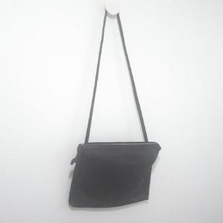 H.P.FRANCE - TAZUNE レザーサコッシュ ブラック