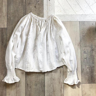 Lochie - 1920's White embroidery Antique blouse