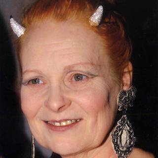 ヴィヴィアンウエストウッド(Vivienne Westwood)のVivienne Westwood ディアマンテホーンティアラ(カチューシャ)