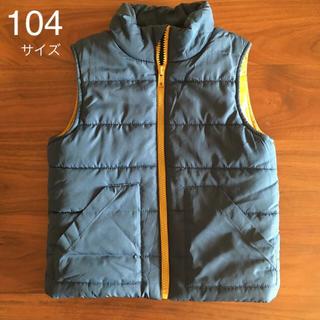 エイチアンドエム(H&M)のH&M・104サイズ・中綿ベスト(ジャケット/上着)