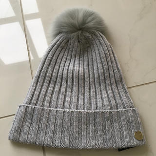 BARNEYS NEW YORK - イヴサロモン フォックスポンポンニット帽