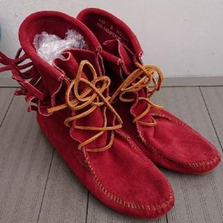 ミネトンカ(Minnetonka)のMINNETONKA(ブーツ)