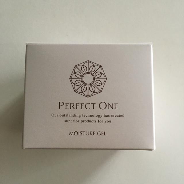 PERFECT ONE(パーフェクトワン)の新日本製薬 パーフェクトワン  モイスチャージェル  75g コスメ/美容のスキンケア/基礎化粧品(オールインワン化粧品)の商品写真