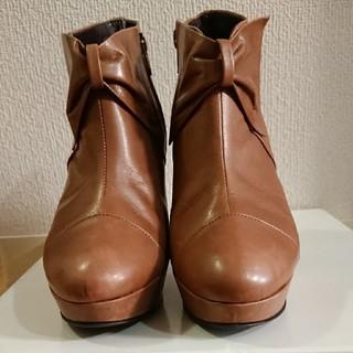 ストロベリーフィールズ(STRAWBERRY-FIELDS)のショートブーツ(ブーツ)
