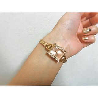 ゲス(GUESS)のGUESS レディース 時計 ピンクゴールド スワロ 細い(腕時計)