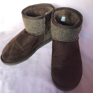 ハリスツイード(Harris Tweed)のムートンブーツ ダークブラウン 男女共用26〜26.5cm 程度良品(ブーツ)