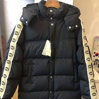 Gucci - 冬服 ダウンジャケット 人気