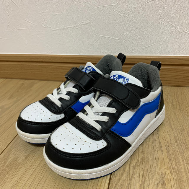 VANS(ヴァンズ)の18cm☆VANSスニーカー キッズ/ベビー/マタニティのキッズ靴/シューズ (15cm~)(スニーカー)の商品写真