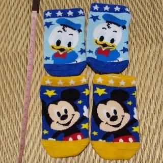 Disney - ディズニーのベビー靴下2足セット