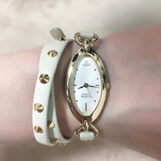 Vivienne Westwood - 定価約7万 ヴィヴィアンウエスト スタッズ  本革ベルト 3連巻き 腕時計 白