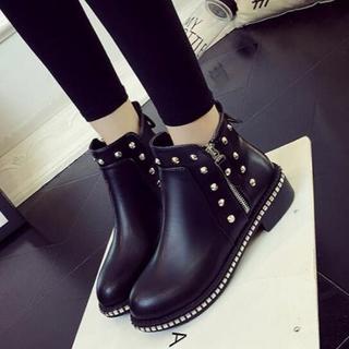 美脚  新作 リベット  マーティンブーツ   靴      黒(ローファー/革靴)