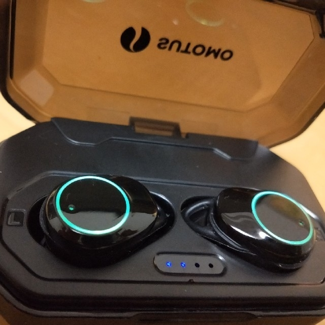 ワイヤレスイヤホン SUTOMO スマホ/家電/カメラのオーディオ機器(ヘッドフォン/イヤフォン)の商品写真