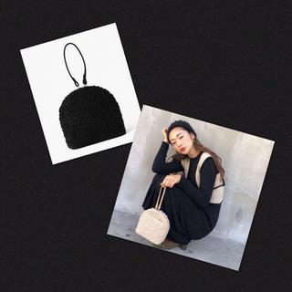 グレイル(GRL)の新品・タグ付き✨2way モコモコ ボア ファー ミニバッグ ポシェット バッグ(ハンドバッグ)