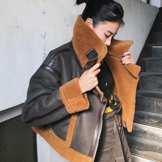 Ameri VINTAGE - juemi Short Mouton Jacket