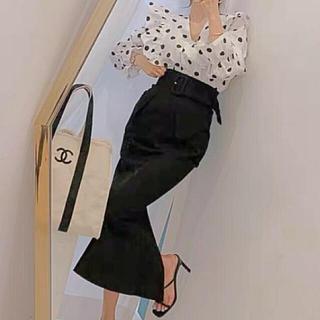 ジルスチュアート(JILLSTUART)の秋 新作❤ラインが綺麗なスカート マーメイド ブラック タイト デザイン (ロングスカート)