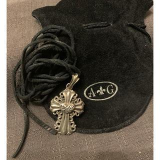 エーアンドジー(A&G)の【値下げ!【正規品】A&G ハートクロスペンダントトップ 皮紐付き(ネックレス)