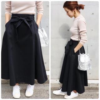 IENA - IENA コットンサテンフレアスカート ブラック 36 リボンスカート