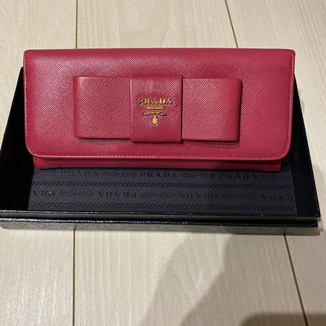 PRADA - 正規品 PRADA   長財布 ピンク の通販