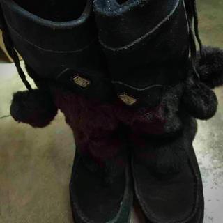 ファー 黒 ブーツ ボンボン(ブーツ)