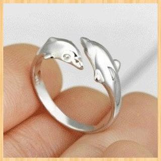 ✨幸運を呼ぶドルフィン(イルカ)リング ✨お守りやプレゼントとしても最適!(リング(指輪))