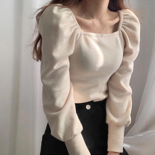 who's who Chico - puff sleeve square neck tops パフスリーブ トップス