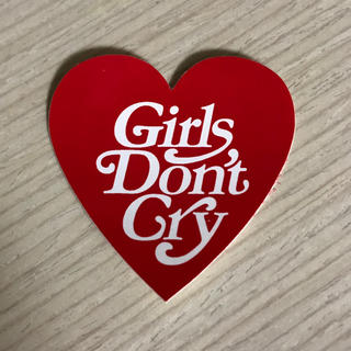 girls don't cry ステッカー