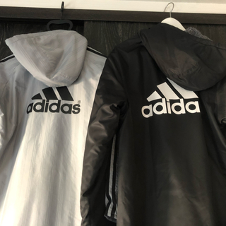 adidas - Adidasベンチコート シルバー、ブラック 2枚