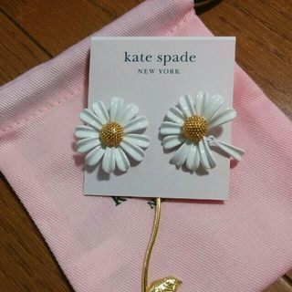 kate spade new york - 新品♠ケイトスペード イントゥ ザ ブルーム ピアス