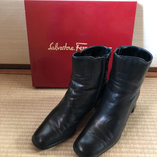 サルヴァトーレフェラガモ(Salvatore Ferragamo)のフェラガモ ショートブーツ 24.5センチ(ブーツ)