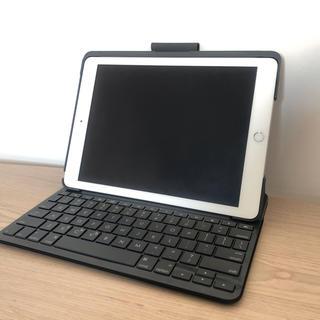 アイパッド(iPad)のiPad 第6世代 キーボードSLIM FOLIO付(タブレット)