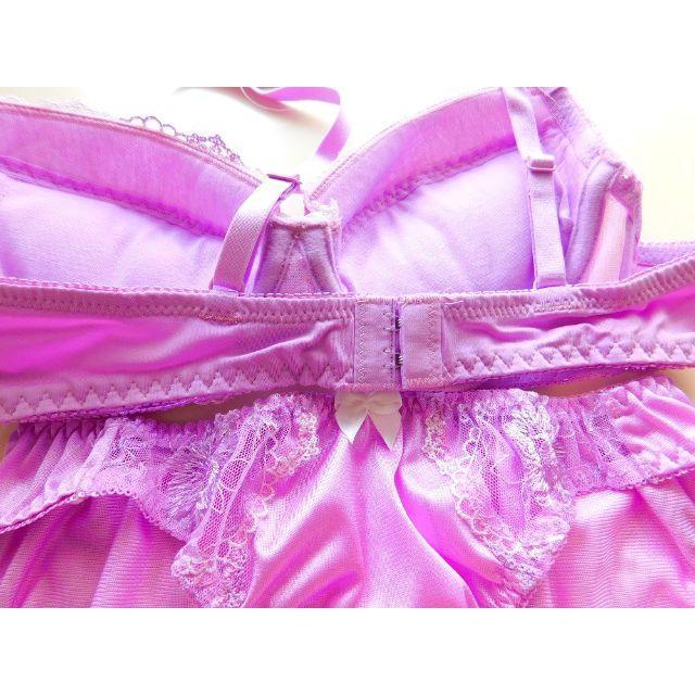 新品♥ラベンダー刺繍 ブラ&ショーツセット B75 紫 パープル レディースの下着/アンダーウェア(ブラ&ショーツセット)の商品写真
