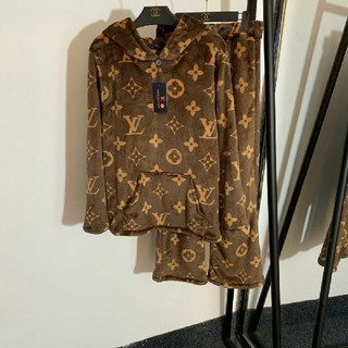 LOUIS VUITTON - 秋冬LOUIS VUITTONルイ・ヴィトン パジャマ ホームサービス 新品