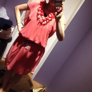 ティアラ(tiara)のTiara 袖あり パーティードレス サーモンピンク(ミディアムドレス)