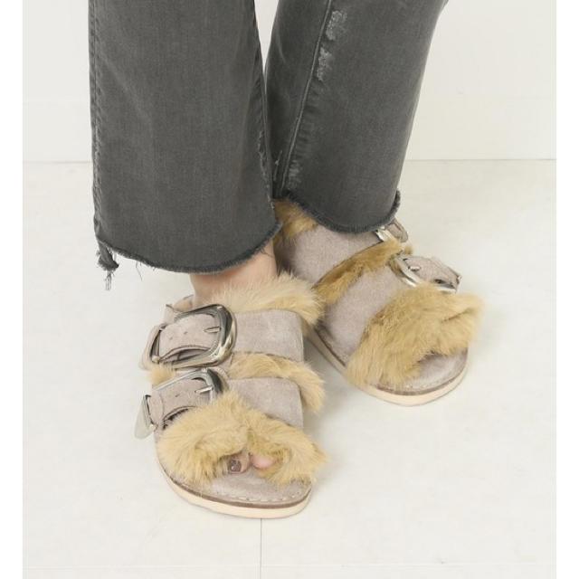 DEUXIEME CLASSE(ドゥーズィエムクラス)のemicoco様専用★CAMINANDOカミナンド FUR SANDAL レディースの靴/シューズ(サンダル)の商品写真