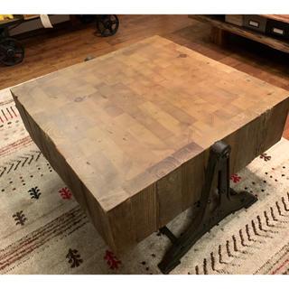 ムジルシリョウヒン(MUJI (無印良品))のクラッシュゲート  古材 リリコ(ローテーブル)