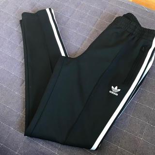 adidas - adidas トラックパンツ タグ付き