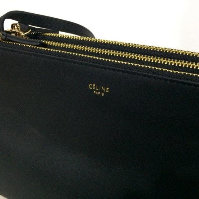 celine(セリーヌ)のCELINE TRIO BAG ブラック ラージサイズ トリオ レディースのバッグ(ショルダーバッグ)の商品写真