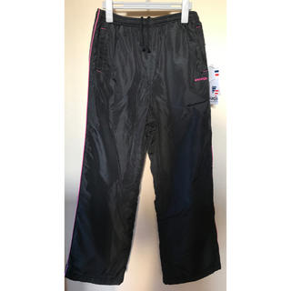 フィラ(FILA)の新品 ブランドケイパ 裏起毛 暖かいシャカシャカ ジャージパンツ黒色 LLサイズ(その他)