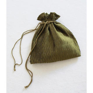 TODAYFUL - TODAYFUL 完売 サテンプリーツポーチ 巾着 バッグ 新品 ポーチ bag