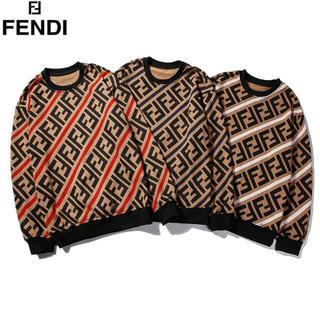FENDI - [2枚8000円送料込み]FENDIフェンディ長袖 トレーナー男女兼用