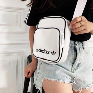 アディダス(adidas)のAdidas アディダスオリジナルス ショルダーバッグ 新品未使用品(ショルダーバッグ)