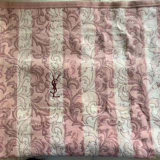 イヴサンローランボーテ(Yves Saint Laurent Beaute)の未使用 イヴ サン ローラン 毛布(毛布)