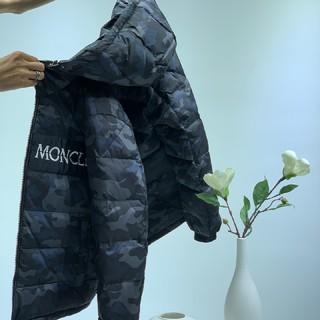 モンクレール(MONCLER)の大人気超美品ダウンジャケット(ダウンジャケット)