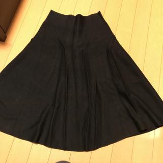 セブンデイズサンデイ(SEVENDAYS=SUNDAY)のニットフレアスカート(ひざ丈スカート)